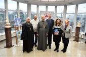 Клірики єпархії взяли участь у відкритті третьої виставки робіт відомого українського скульптора Олексія Леонова.
