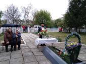 У День Перемоги над нацизмом у Другій світовій війні у селах Бердичівщини звершили панахиди за загиблими!