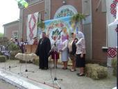 Священик благословив добре починання – перший фестиваль «Калинове намисто» у с. Бистрику
