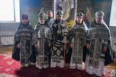 Першу літургію Напередосвячених Дарів митрополит Никодим звершив у Свято-Успенському архієрейському соборі Житомира.