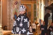 Відбулась сповідь духовенства Житомирського міського благочиння. Архієрейська літургія у Свято-Хрестовоздвиженському кафедральному соборі Житомира.