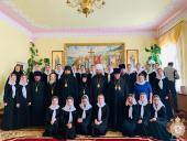 В день випуску вихованців регентського духовного училища митрополит Никодим звершив Божественну літургію у Корецькому Свято-Троїцькому монастирі!