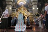 Митрополит Никодим очолив вечірній акафіст Пресвятій Богородиці у кафедральному соборі єпархії.