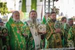 Митрополит Никодим взяв участь у Божественній літургії з нагоди Дня ангела Предстоятеля УПЦ на площі перед Свято-Успенським собором Києво-Печерської Лаври